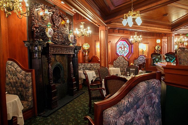 Tour The Octagon Restaurant